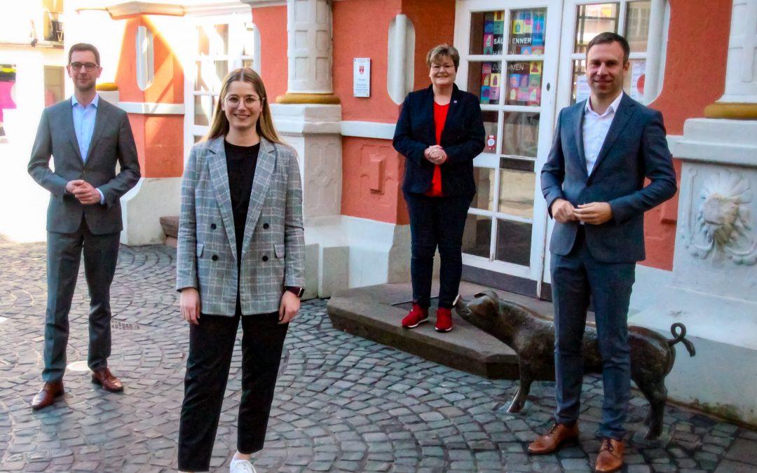 Junge SPD-Kandidatin für den Bundestag